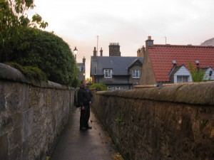 Geocaching St. Andrews Scotland - Neighborhood