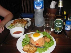 railay beach west, thailand, restaurants, krabi, dinner on the beach, peanuts or pretzels travel blog