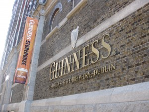 Guinness, Guinness Storehouse, beer, pour, Dublin, Ireland, Gravity Bar, Black stuff, brewery, peanuts or pretzels, fun travel