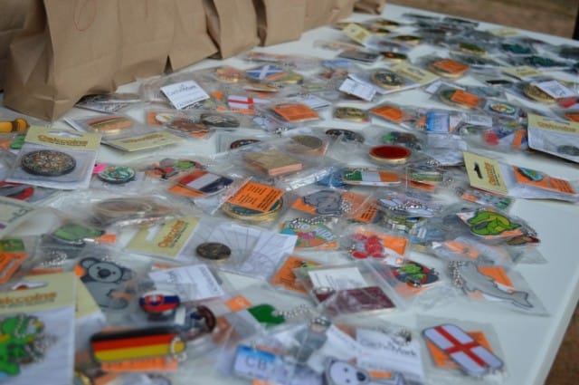 geocaching trackables, travel bugs,