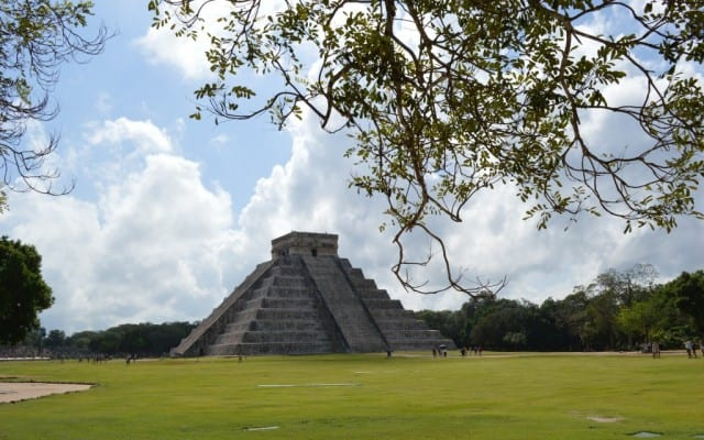 tours in cancun, Chichen Itza, ruins, Mexico, Mexico Vacation, Yucatan, Yucatan Vacation, Mayaland Resort, Hemingway, Resort, Vendors, Observation, Vacations in Mexico, history, travel, travel blogger, Peanuts or Pretzels, Josh, Liz, Adventure