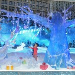 window displays in new york city, christmas in new york city, christmas window displays in new york, holiday window displays new york, christmas decorations in new york city, christmas decorations in manhattan