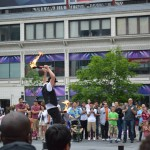 dundas square toronto, entertainment in dundas square, entertainment in toronto, things to see in toronto, things to do in toronto, downtown toronto