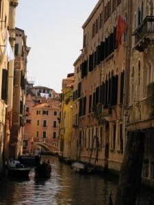 venice italy, grand canal venice, visiting venice italy, gondola ride in venice, transportation in venice, things to do in venice