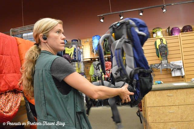sizing and fitting a backpack, REI backpack fitting, mountainsmith,