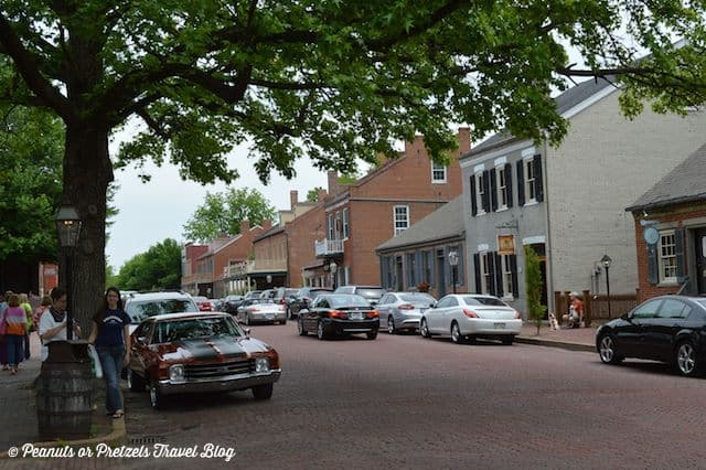 st charles missouri, lewis and clark, colonial towns, travel blog, peanuts or pretzels, road trip