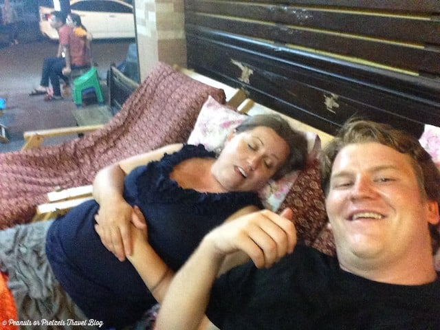 massages in bangkok, bangkok massage, foot massage