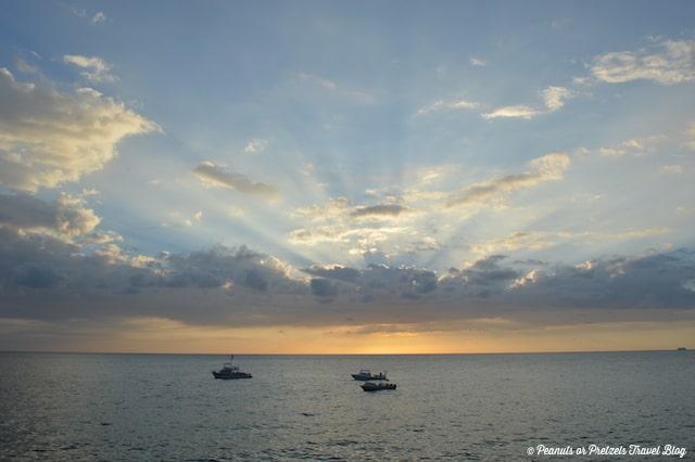 Sunset rays on the bay restaurant sheraton kona resort at keauhou bay big island of hawaii