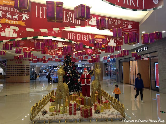 Chirstmas in China - Peanuts or Pretzels