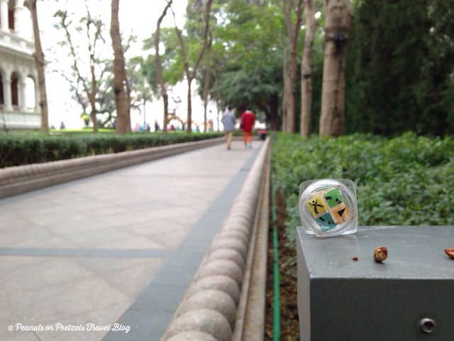 Wandering around Hong Kong, we decided to stop to find this geocache - in a beautiful hidden park on a rooftop!