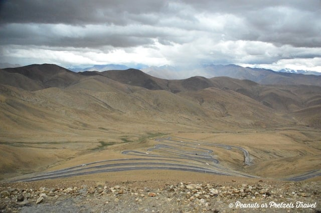 Windy Road to Everest Base Camp