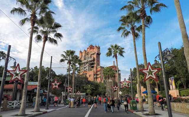 hollywood-studios-hollywood-tower-hotel-walt-disney-world-orlando-florida