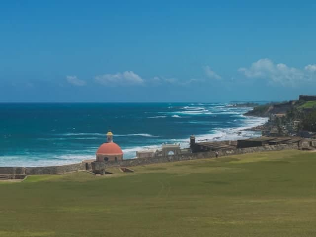 el-morro-grounds-old-san-juan-1024x575-1