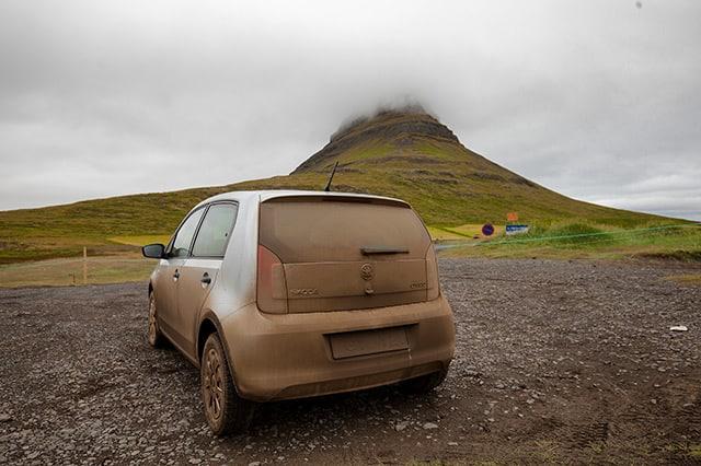 iceland-road-trip-car