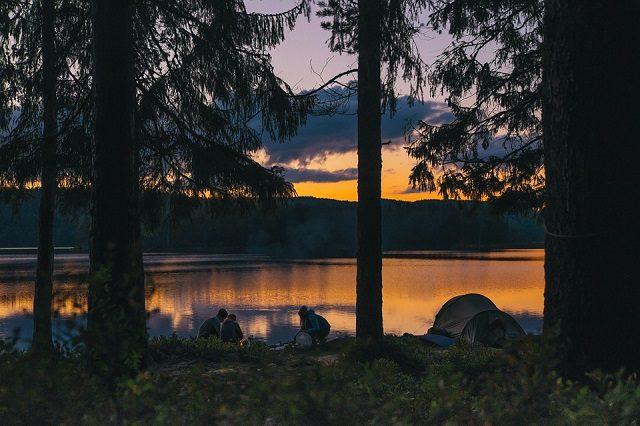 camping-984038_960_720