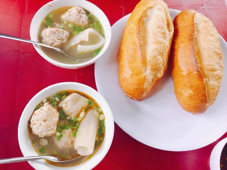 "7 Best Versions of ""Banh Mi"" in Vietnam"