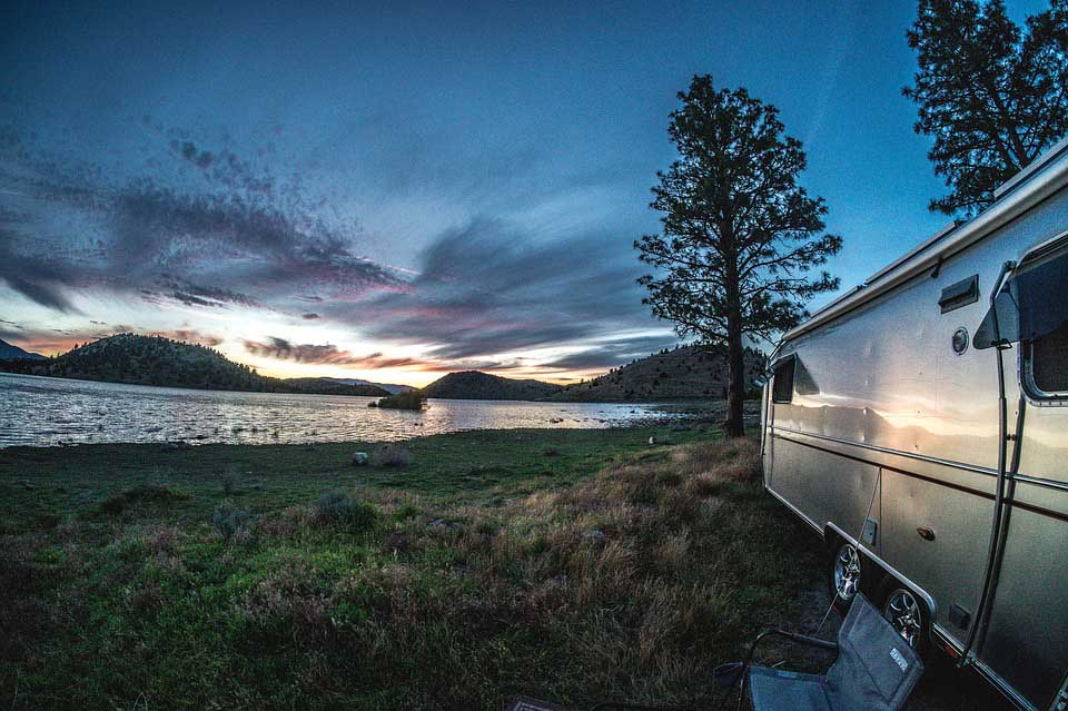Want to know how to rent an RV and how much it cost? Check out these valuable tips that can help you have a wonderful RV adventure!